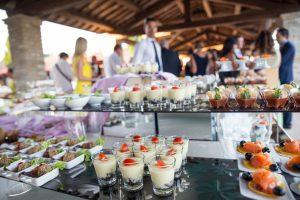 Outdoor wedding in Marche