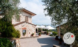 Wedding in agriturismo in Tuscany